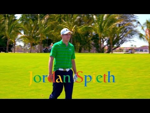 Jordan Spieth tries Google Glass on Hole no. 1 at Trump National Doral