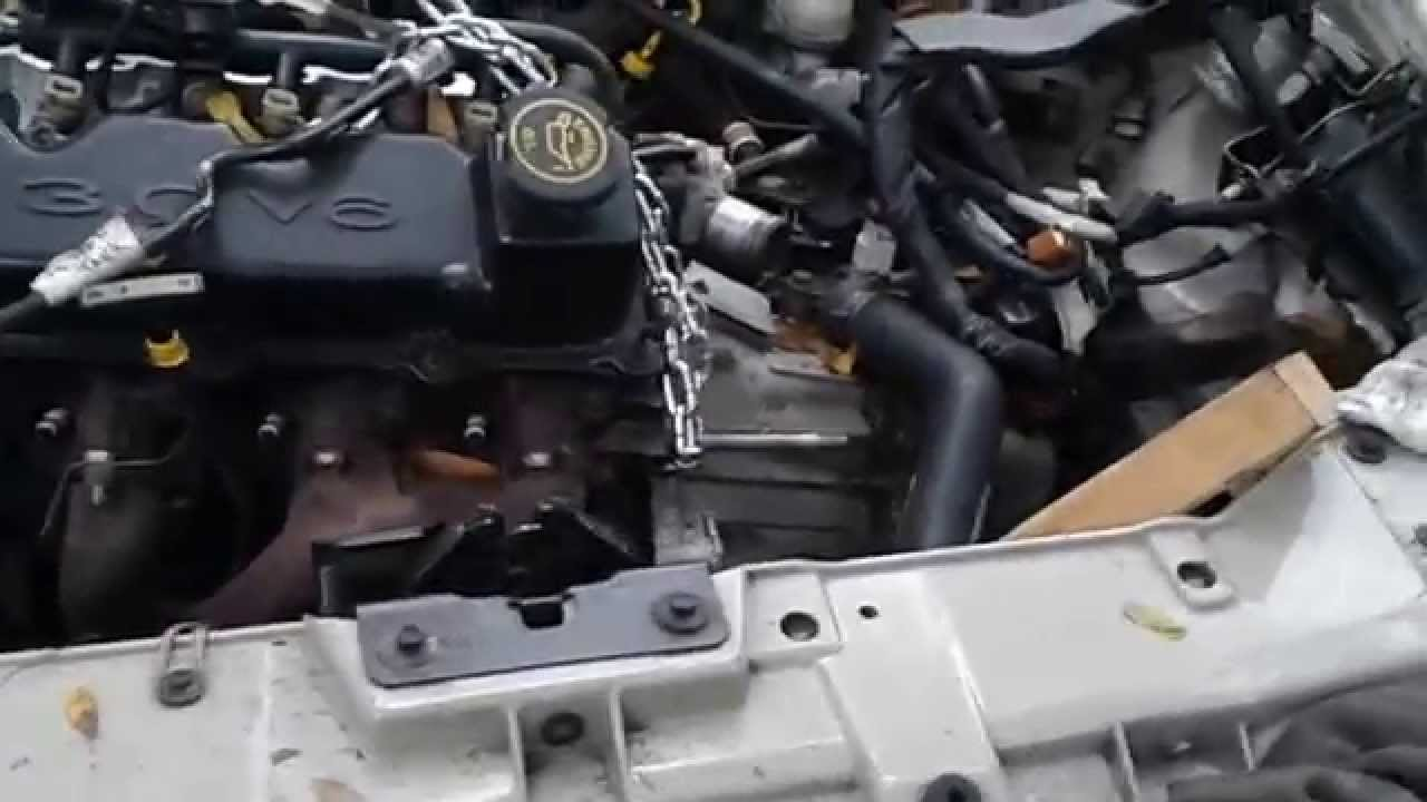 98 Ford Taurus Engine Pulling From The Top