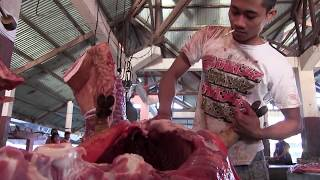 Pigs at Tomohon Food Market, Indonesia.
