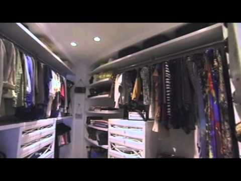 Kim Kardashian Tour Closet For Eye On Glam | Doovi