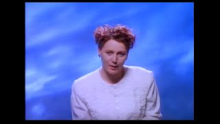 Watch Cocteau Twins Carolyns Fingers video