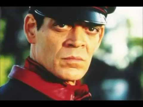 THE DEATH OF RAUL JULIA