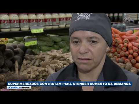 Supermercados voltam a contratar mais funcionários
