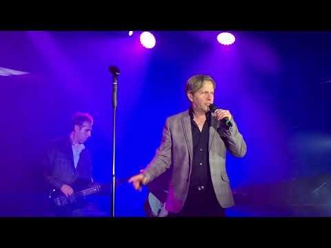 Johnny Hates Jazz Don't Say It's Love - Live Butlins Bognor October 2017