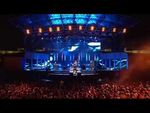 Bertie Blackman - Heart  (Australia Day Live 2010)