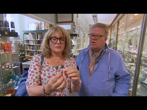 Celebrity Antiques Road Trip S06E10   Ronni Ancona and Jan Ravens