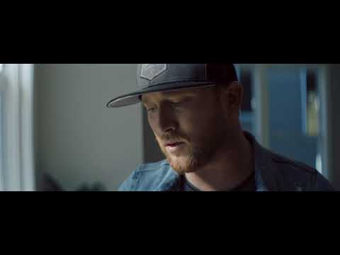 "Cole Swindell - ""Break Up In The End"" (Official Music Video)"