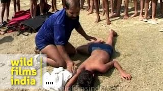 Repeat youtube video How not to perform CPR on a drowning victim