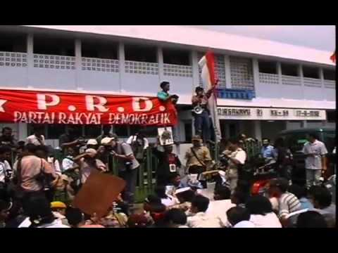 Indonesia in Revolt: Democracy or Death