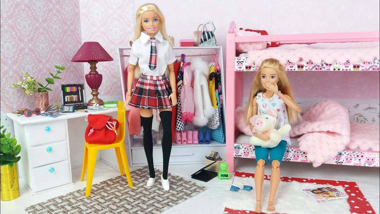 Barbie Dolls School Morning Bedroom Barthroom Routine Life in a Barbie Dreamhouse