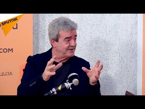 Momir Bulatovic: Okovani nevidljivim lancima, trošimo nepostojeći novac