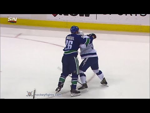 Yanni Gourde vs Antoine Roussel December 18th, 2018