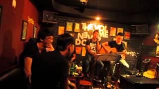 ĐỘC BƯỚC (Acoustic Cover) - Live @ ZBAR