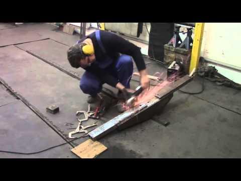 Body repair. Новое тяговое приспособление для напольного стапеля в моем гараже.