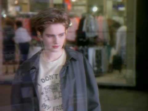 Morrissey - Everyday Is Like Sunday (2004 Digital Remaster)