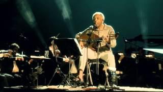 """Panis et Circenses"", por Gilberto Gil"