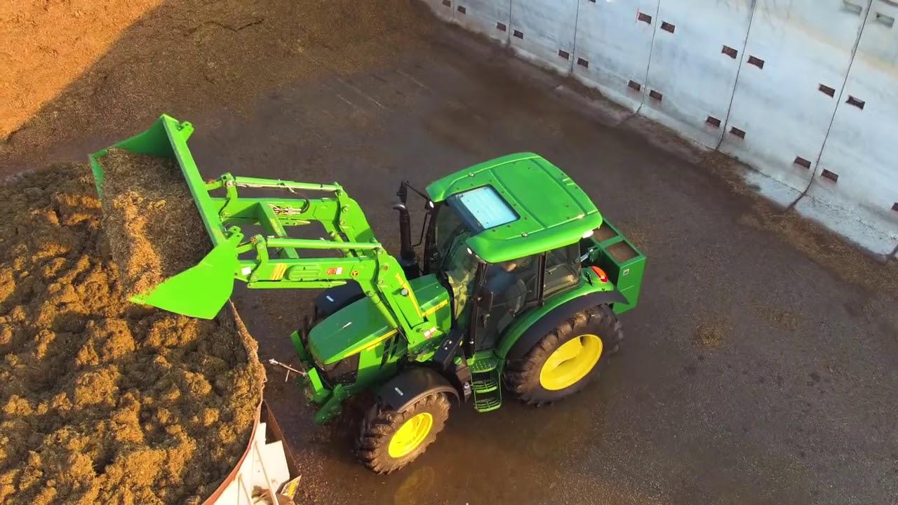 John Deere 5090M 90-hp Utility Tractor