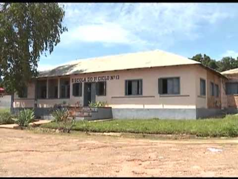Paralisadas aulas do Iº ciclo na Lunda-Norte   Primeiro Jornal   TV Zimbo  