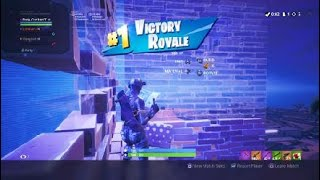 Fortnite squad win (Trying to get recruit by cxs clan)