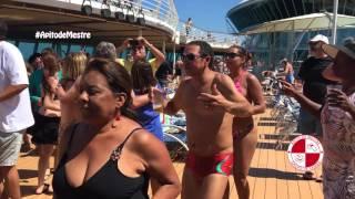 Show de samba e pagode nas piscinas do Rhapsody com Grupo Apito de Mestre