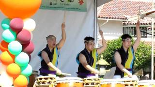 Spirit of Japantown 2010 - San Jose Taiko - 1/3