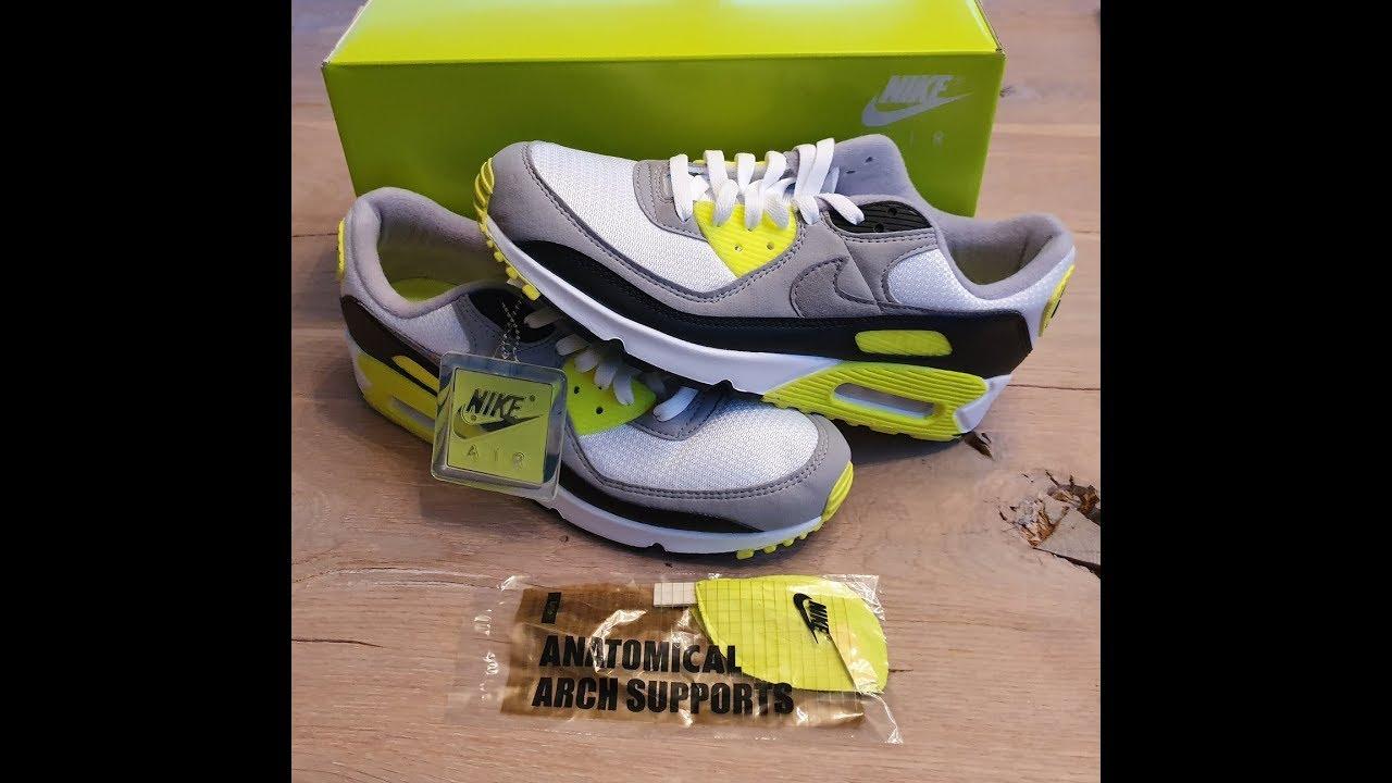 Nike Air Max 90 OG Volt 30th
