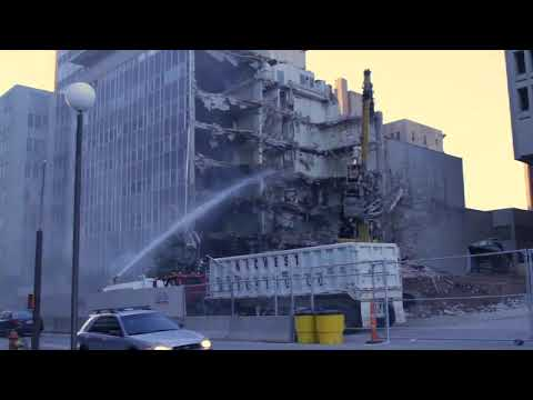 OKC Central: Kerr McGee building demolition begins (2010-11-09)