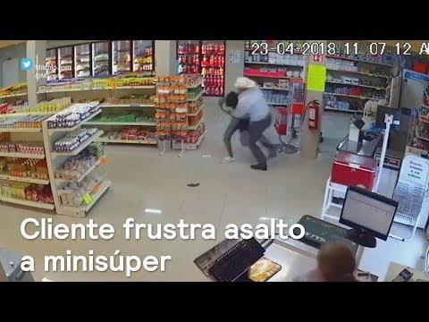 Cliente frustra asalto a un minisúper en Monterrey - Las Noticias con Danielle
