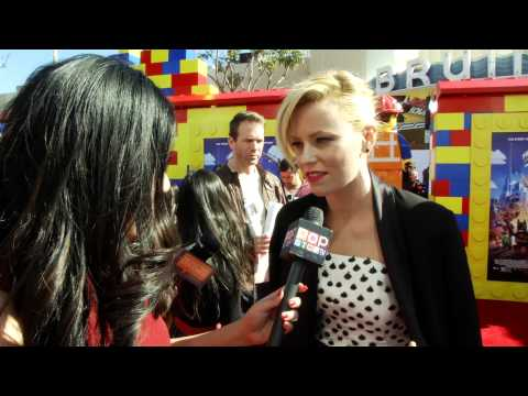 """Elizabeth Banks Talks Pitch Perfect 2 at """"The Lego Movie"""" Premiere!"""