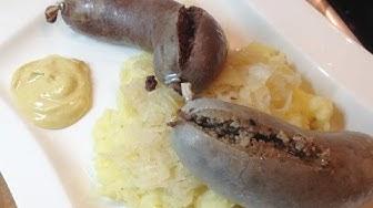 Blut  und Leberwurst mit Quetschkartoffeln und Sauerkraut