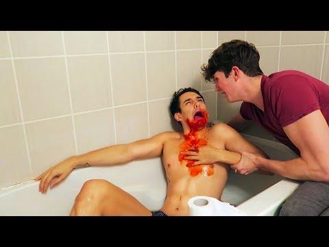 THROWING UP BLOOD PRANK ON BOYFRIEND - EXTREME FREAK OUT (GAY COUPLE PRANK)