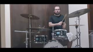 Blink 182 - Feeling This (drum cover)