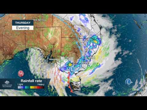 Bendigo weather live updates: heavy rain set to lash central