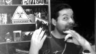 DVDBong - Alien vs Hunter und Blubberalla