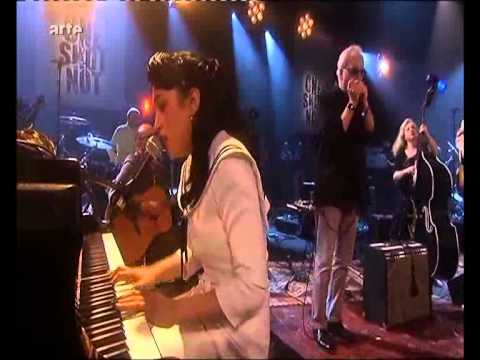 Kitty Daisy & Lewis & Jean Jacques Milteau I Got My Mojo Working.flv