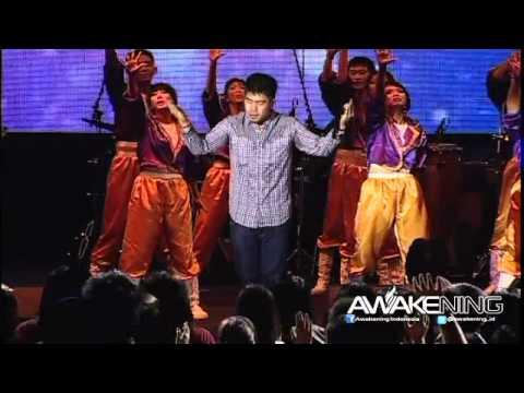 06 Giving My Best : MengenalMu ( Awakening Concert 2012-SICC)