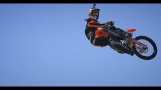 MOTO 5 The Movie Renner Intro/Red Bull