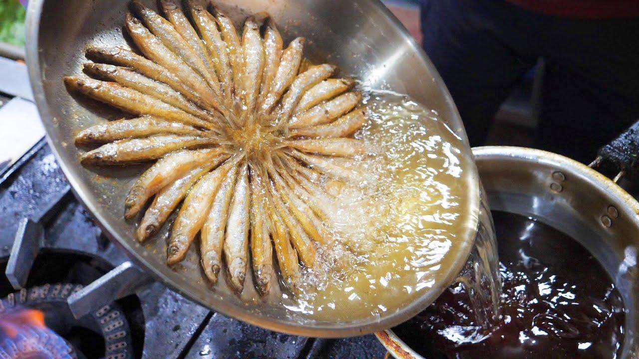 옥천에서 유명한 도리뱅뱅, 깨끗한 기름에 튀겨낸 민물고기 crispy fried mini ice fish - korean street food