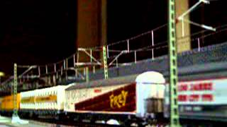 Europe Rail  Modelrailroad Modelleisenbahn HO bls Re485    Güterzug abfahrt Bf