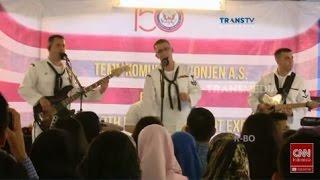 Video Konser US Navy Band, Menyanyikan Lagu Goyang Dumang download MP3, 3GP, MP4, WEBM, AVI, FLV Februari 2018