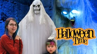 SPIRIT HALLOWEEN STORE | COSTUMES AND SCARY DECORATIONS!