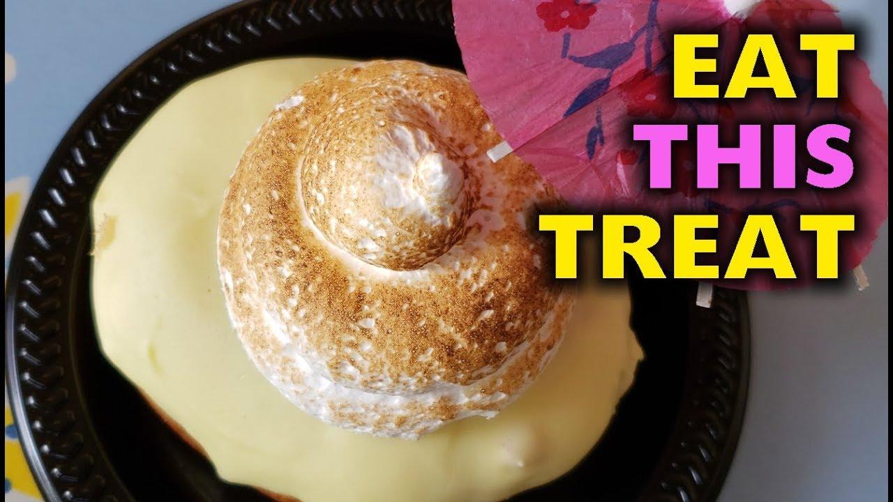 Dole Whip Donut taste test from Jolly Holiday + SAD ROPE DROP   Disneyland 2019-06-29 Pt. 1