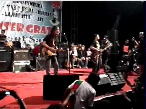 Tony Q Rastafara live BLORA tertanam