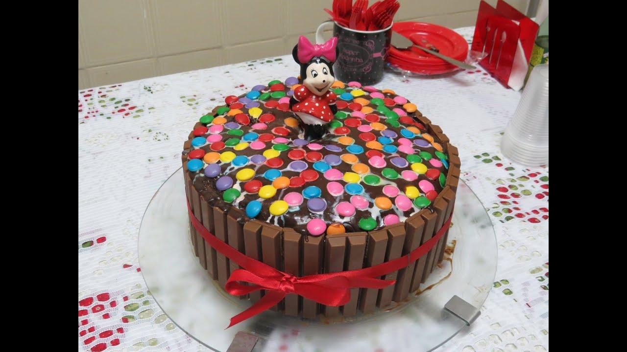 Bolo De Aniversário: Especial De Aniversário: Bolo De Kit Kat