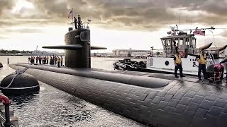 U.S. Submarine Leaves Pearl Harbor For The Last Time