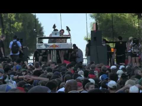 PAUL DEVRO - POWER OVERLOAD HOTNESS @ MAD DECENT BLOCK PARTY LA 2012 - 8.25.2012