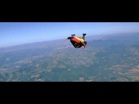 Moonraker Bond 007 Parachute Scene