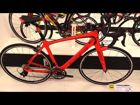 a12c080d6a9 2017 BH Bicycles Fusion 105 Road Bike - Walkaround - 2016 Eurobike - YouTube