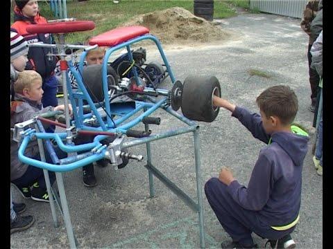 Станция юных техников продолжает воспитывать настоящих мастеров своего дела.