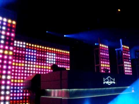 David Guetta 'Toyfriend' Live In Vancouver December 30, 2009